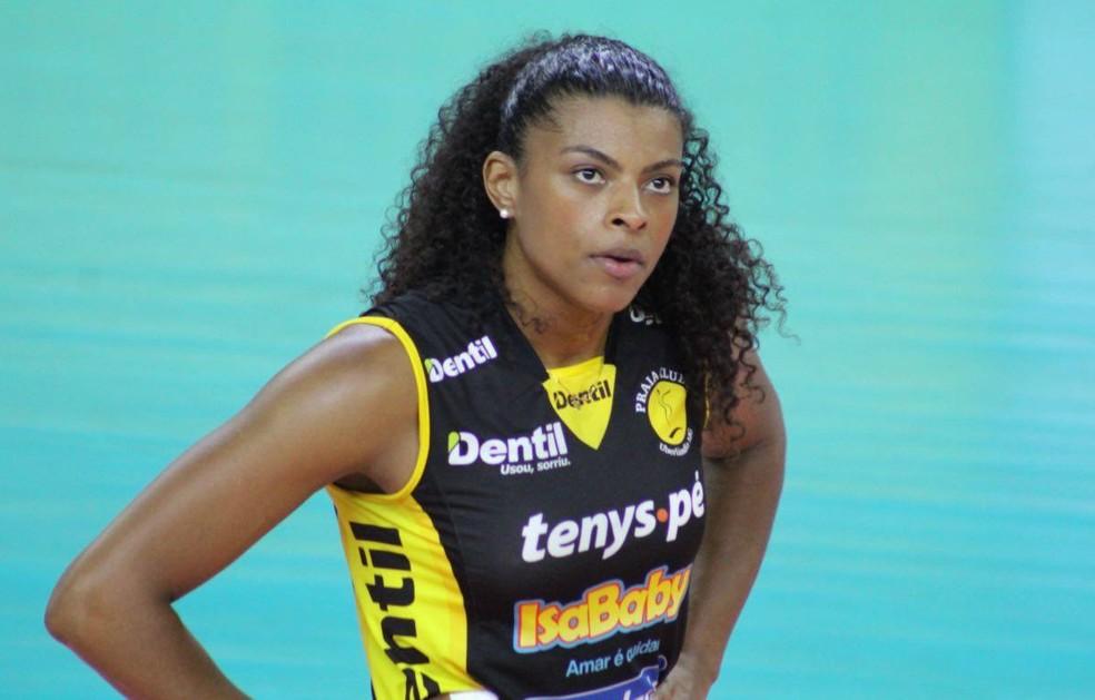 Fernanda Garay voltou a jogar contra o Barueri (Foto: Praia Clube/Divulgação)