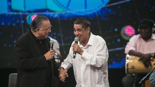 Zeca Pagodinho 'batiza' ladeira do 'Altas Horas' e diz que já 'deu muito trabalho'