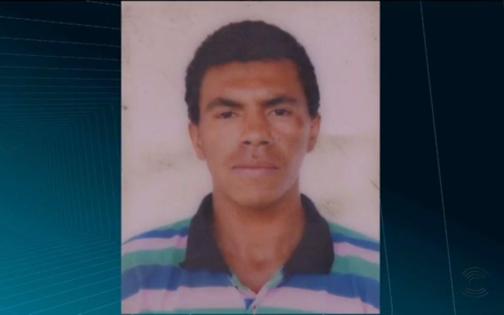 Homem foi preso suspeito de esfaquear três mulheres em Pocinhos, na PB — Foto: Reprodução/TV Paraíba