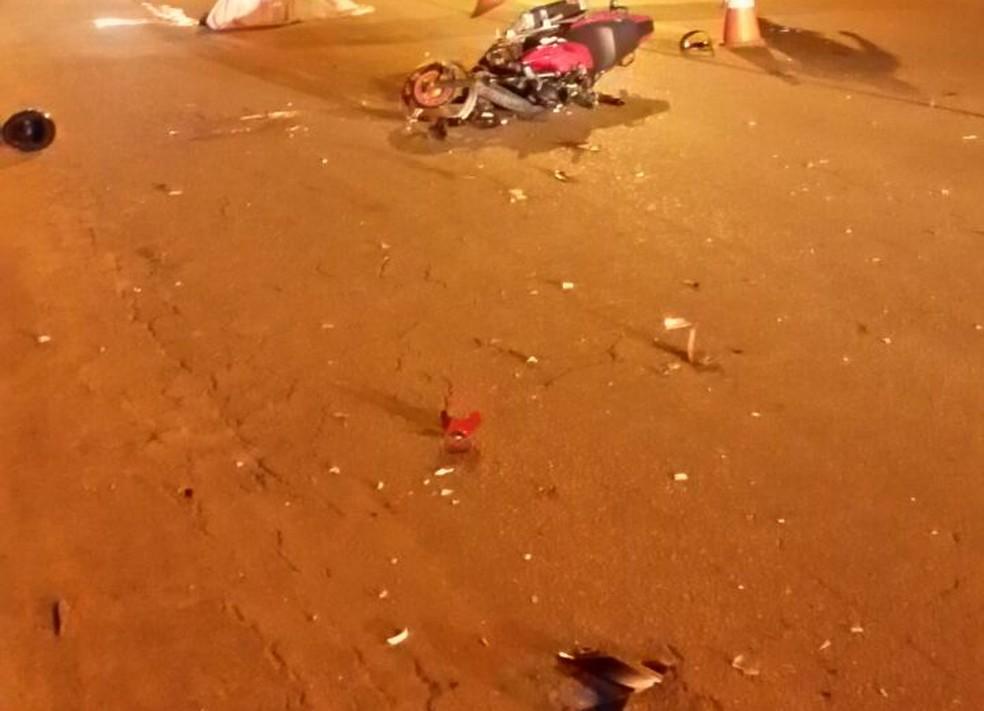 Outras duas pessoas ficaram feridas durante acidente em Sena Madureira (Foto: Divulgação/Corpo de Bombeiros)
