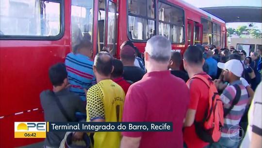 Linha Centro do Metrô do Recife não funciona pelo terceiro dia e causa transtornos