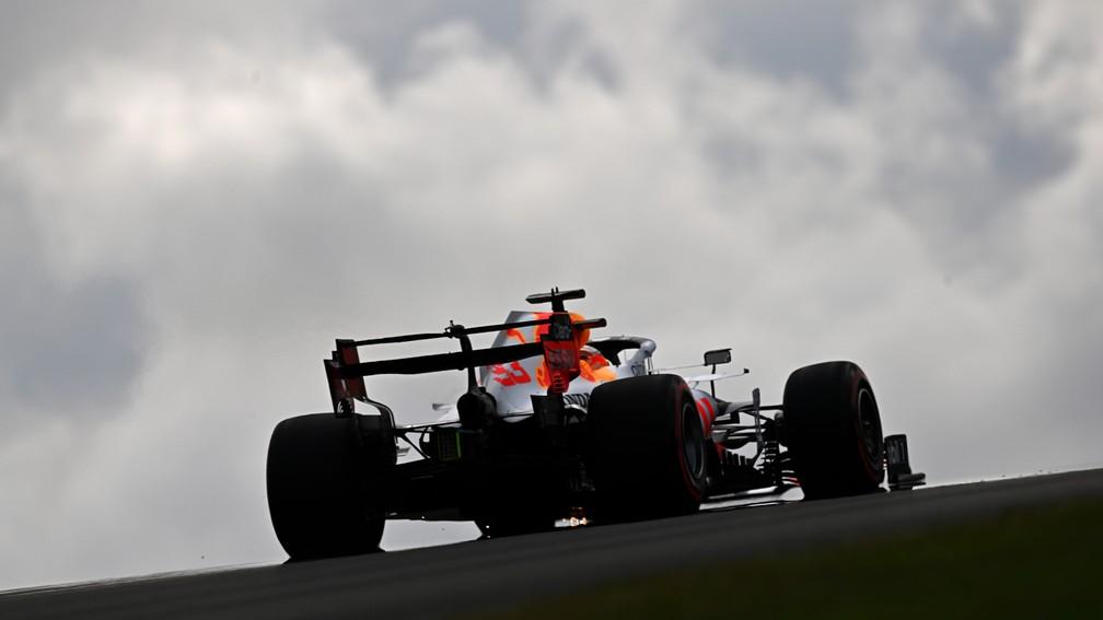 Max Verstappen tem a possibilidade de reassumir a liderança do campeonato neste domingo — Foto: Clive Mason/F1 via Getty Images