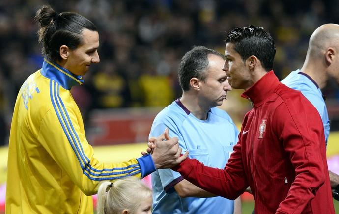 Ibrahimovic e Cristiano Ronaldo, Suecia x Portugal (Foto: AFP)