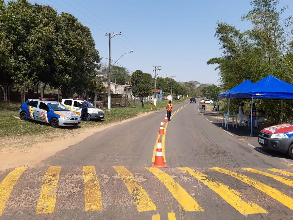 Operação Pandemia foi realizada no Balneário Laranja Doce, em Martinópolis — Foto: Compdec