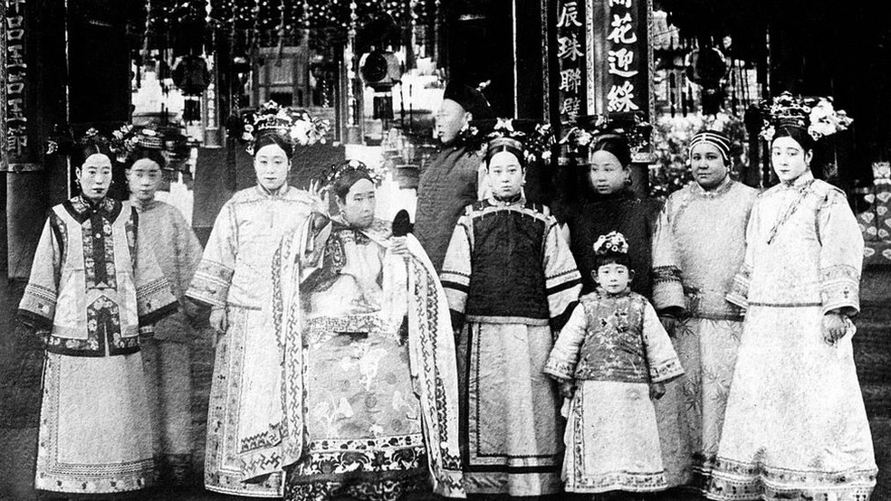 Cixí foi a única amante do imperador a lhe dar um filho homem e passou de concubina de baixo escalão a imperatriz — Foto: Getty Images