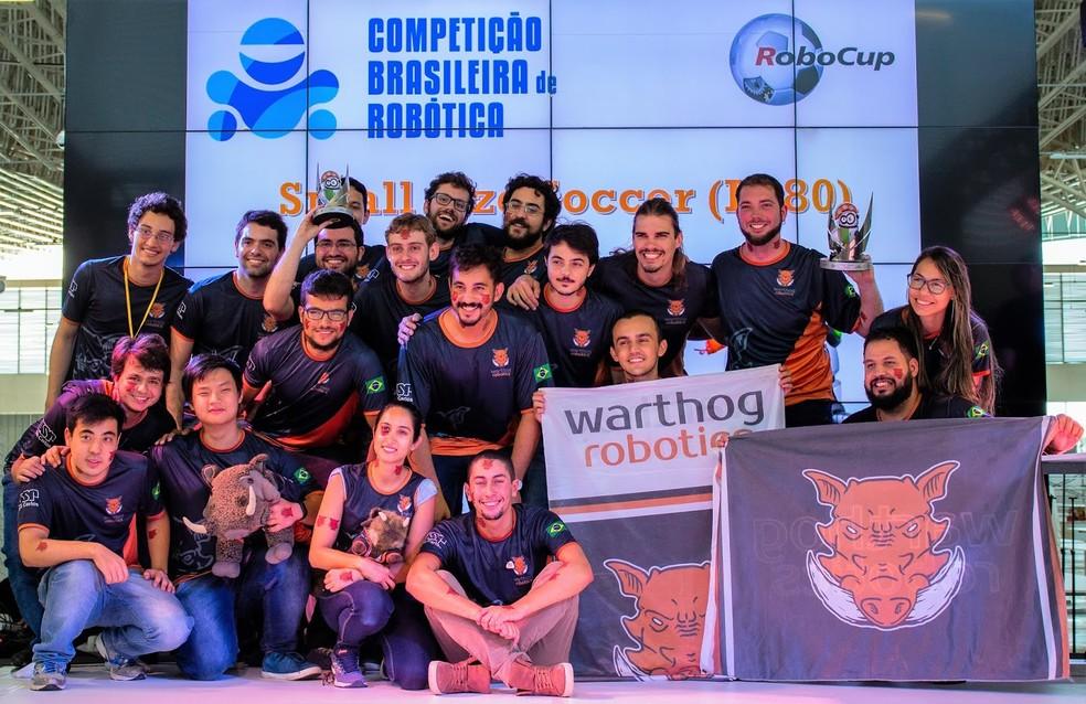 Warthog Robotics venceu na categoria de robôs de pequeno porte — Foto: Henrique Megid/Warthog Robotics/Divulgação