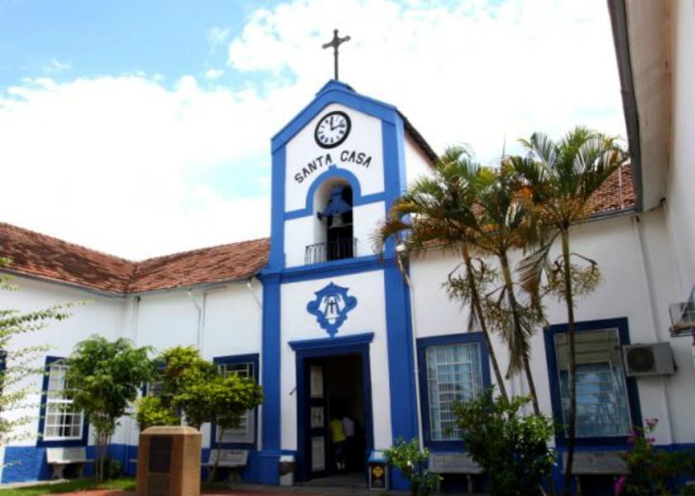 Vítima estava internada na Santa Casa de Jacareí — Foto: Alex Brito/PMJ