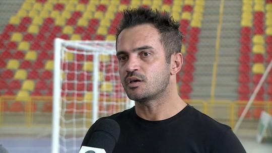 Pela primeira vez, Falcão não jogará a Liga Nacional de Futsal e dará espaço para novos craques brilharem