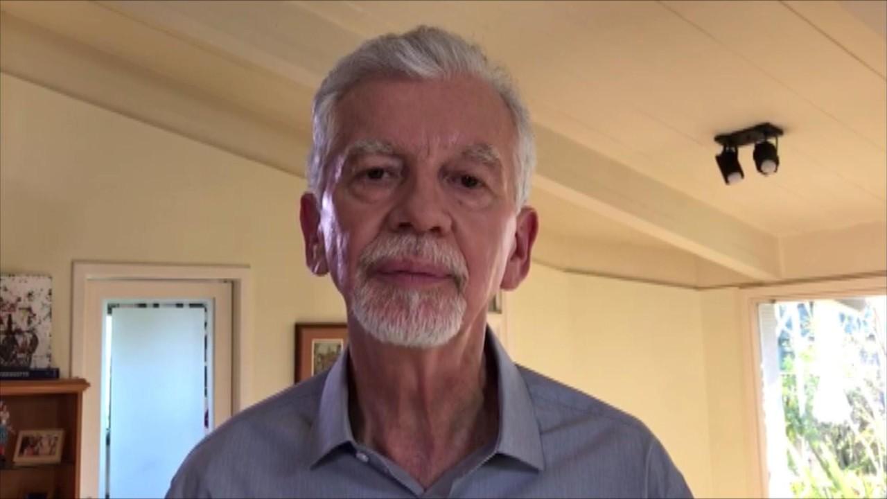 José Fortunati (PTB) responde a pergunta sobre mobilidade urbana em Porto Alegre