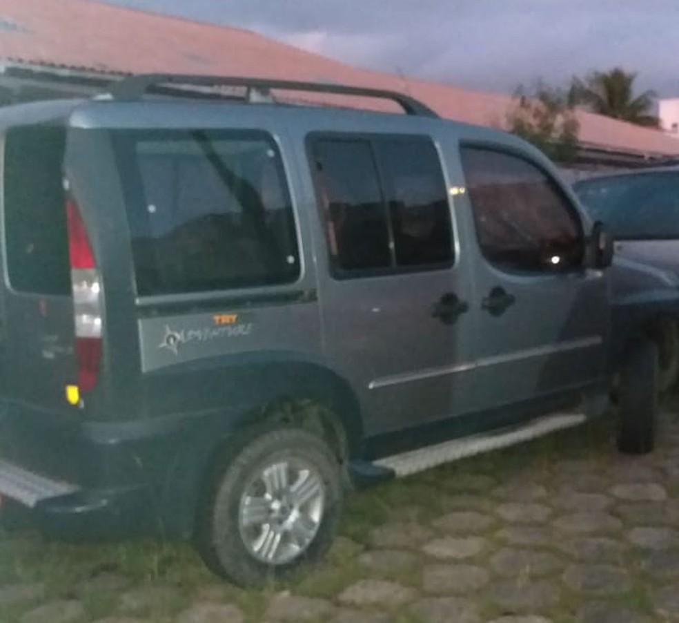 Carro foi apreendido pela Polícia Civil, em Peruíbe (SP) — Foto: Divulgação/Polícia Civil