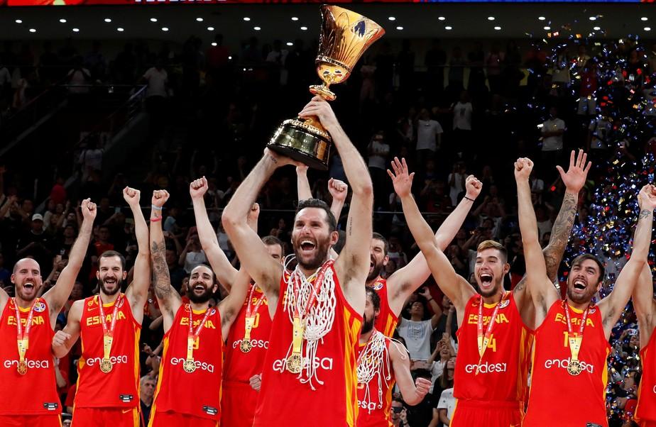 Espanha domina a Argentina, anula Scola e conquista a Copa do Mundo de Basquete