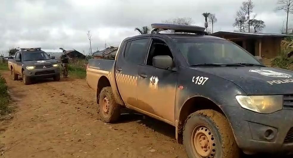 Equipes da Gerência de Operações Especiais (GOE), da Polícia Civil, estão em Colniza. — Foto: Polícia Civil