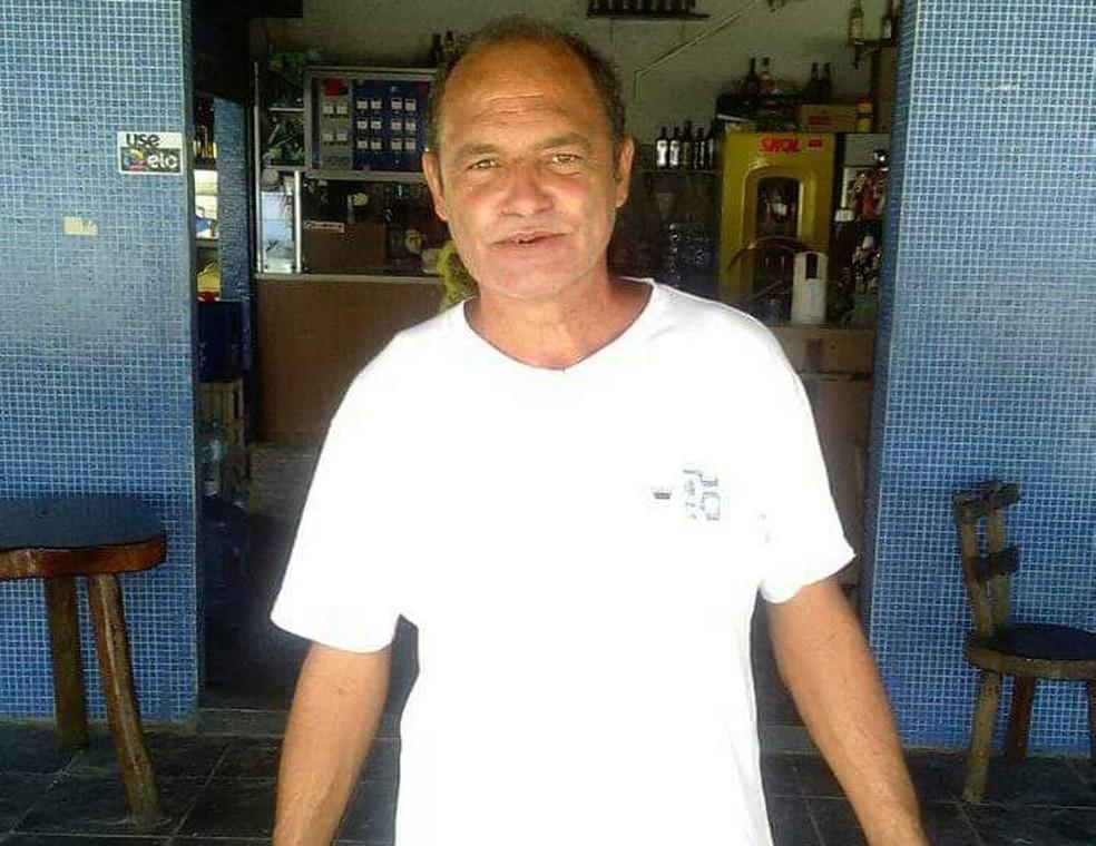 Gerson da Rocha,  45, morreu após barco naufragar em Bertioga, SP (Foto: Reprodução/Aconteceu em Bertioga)