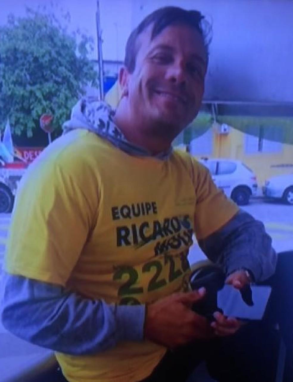 Ricardo Moura, candidato a vereador em Guarulhos, baleado durante live — Foto: Reprodução/TV Globo