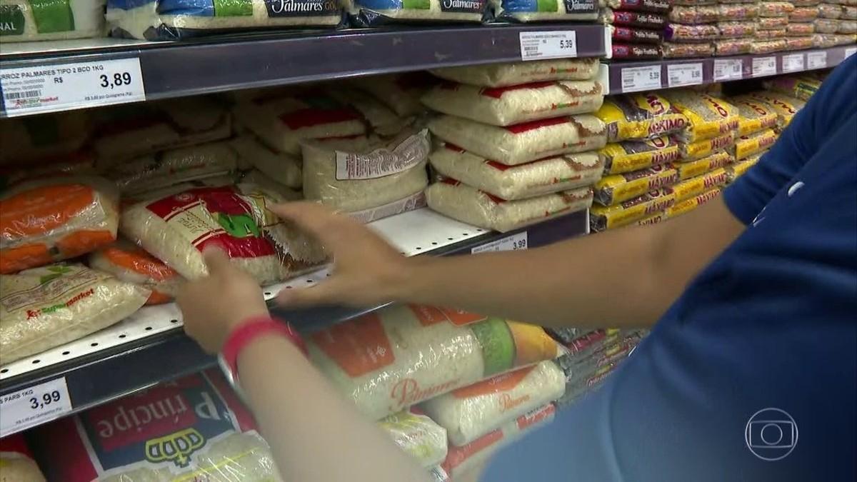 Para conter alta de preços, governo decide zerar imposto de importação de soja e milho thumbnail