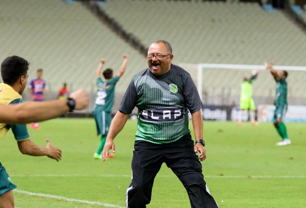 Raimundinho, técnico do Floresta — Foto: Pedro Chaves/FCF