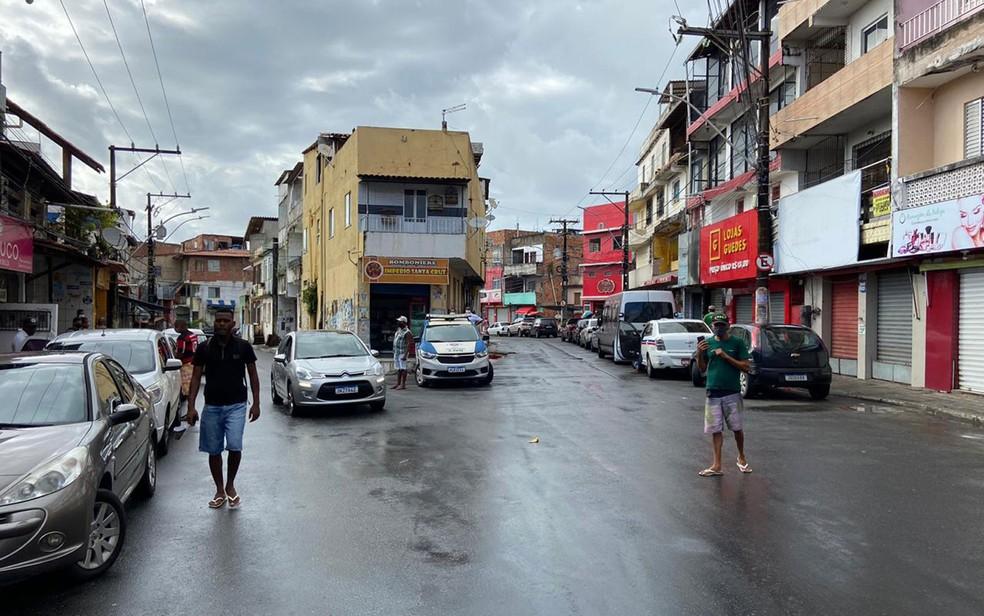 Final de linha do bairro Santa Cruz, em Salvador, na Bahia nesta terça-feira (8) — Foto: Victor Silveira/TV Bahia