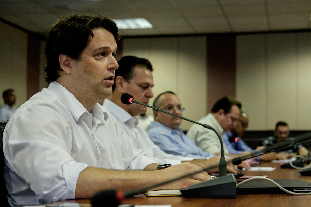 Governo de MT arrecadou R$ 1,7 bilhão a menos que o previsto na LOA nos primeiros 9 meses