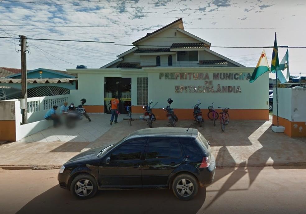 Prefeitura Epitaciolândia abre edital para contratação emergencial de 18 profissionais da Saúde — Foto: Reprodução/Google Street View