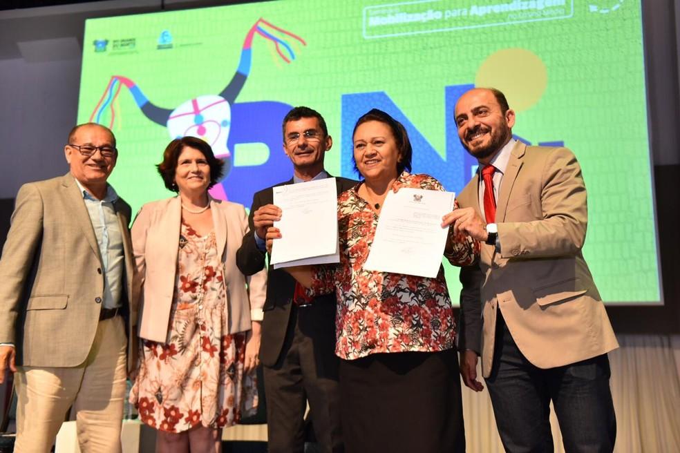 Lei que garante liberdade de expressão em escolas é sancionada no RN — Foto: Elisa Elsie/Assecom Governo do RN/Divulgação