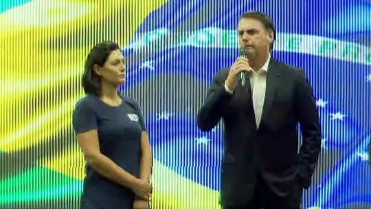 Bolsonaro diz que povo dá recado aos 'que teimam com velhas práticas'