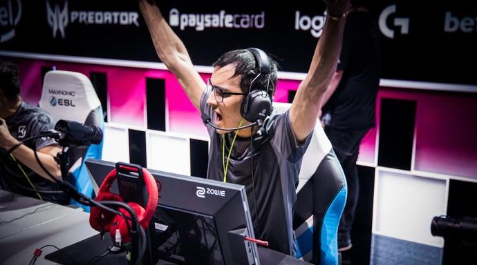 Taco comemora a vitória sobre a Cloud9 (Foto: Divulgação / ESL)