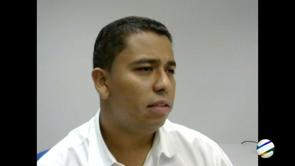 Sargento afirmou que o cabo da PM Gerson Corrêa Júnior, que está preso, era quem dava as coordenadas (Foto: TVCA/Reprodução)
