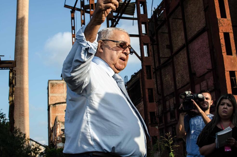O ex-delegado Cláudio Guerra explicou ao MPF como os corpos eram incinerados na Usina Cambaíba em 2014 — Foto: Letícia Bucker/G1