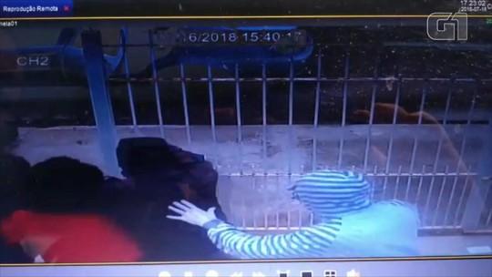 VÍDEO mostra sequestro da mãe do atacante Taison; 5 foram presos