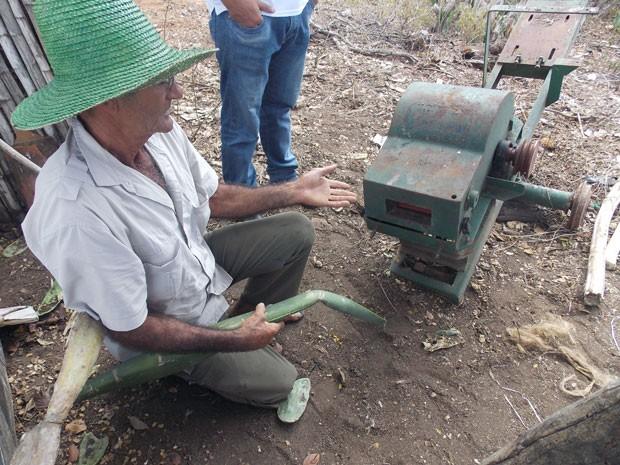 """Máquina """"Faustino V"""", que não tem produtividade para cevadores (Foto: Henrique Mendes / G1)"""