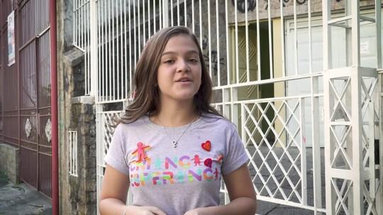 Mel Maia visita a Associação Beneficente Amar