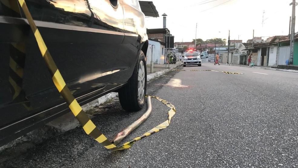 Corpo foi encontrado no início da manhã desta segunda-feira em João Pessoa (Foto: Walter Paparazzo/G1)