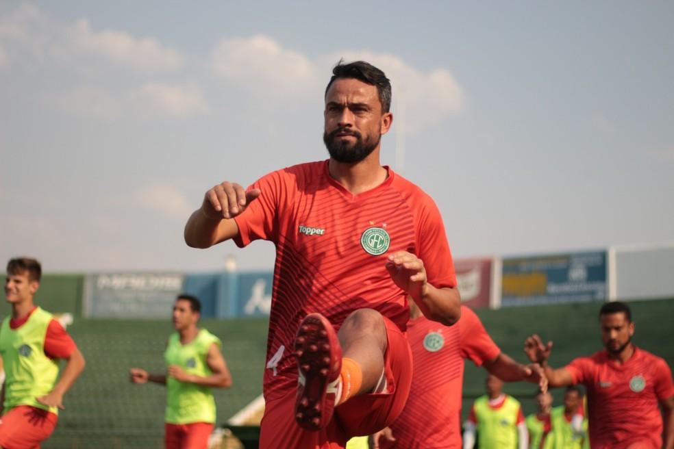 Nando foi um dos reforços contratados após chegada de Carpini — Foto: David Oliveira / Guarani FC