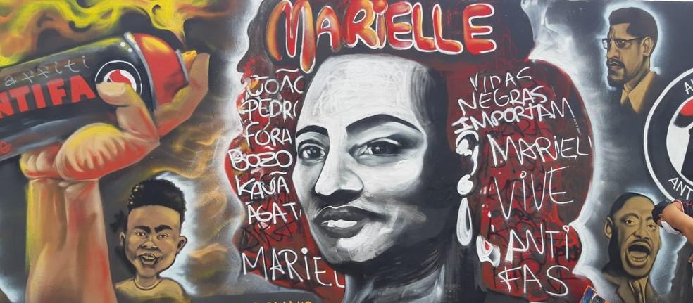 Mural do movimento negro pintado por artistas potiguares — Foto: Cedida