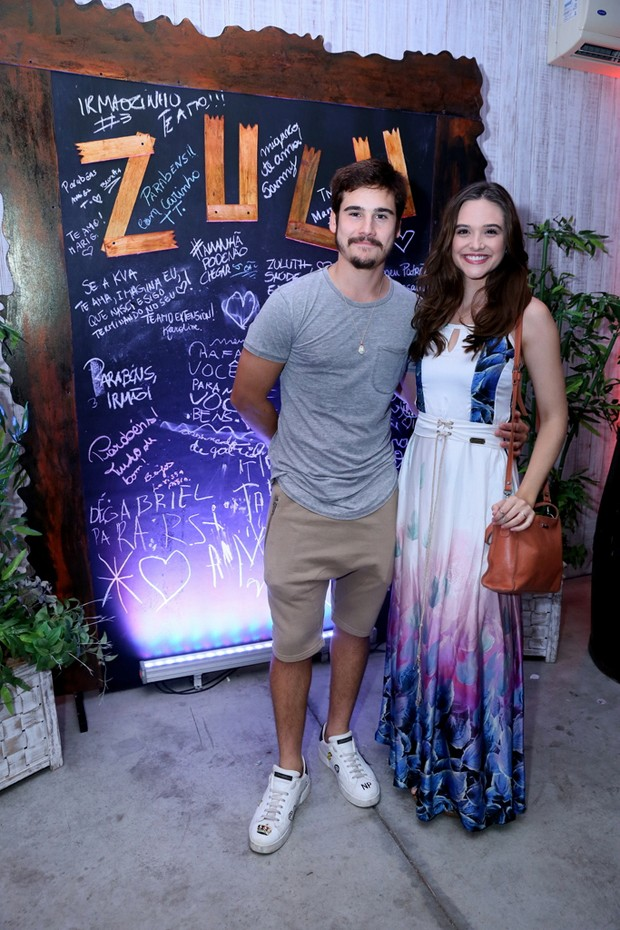 Juliana Paiva e Nicolas Prattes (Foto: Anderson Borde/AgNews)