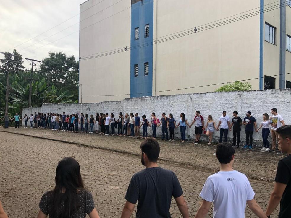 Alunos se mobilizaram em prol do médico Gladson Siqueira, em Porto Velho  — Foto: Reprodução/ Redes Sociais