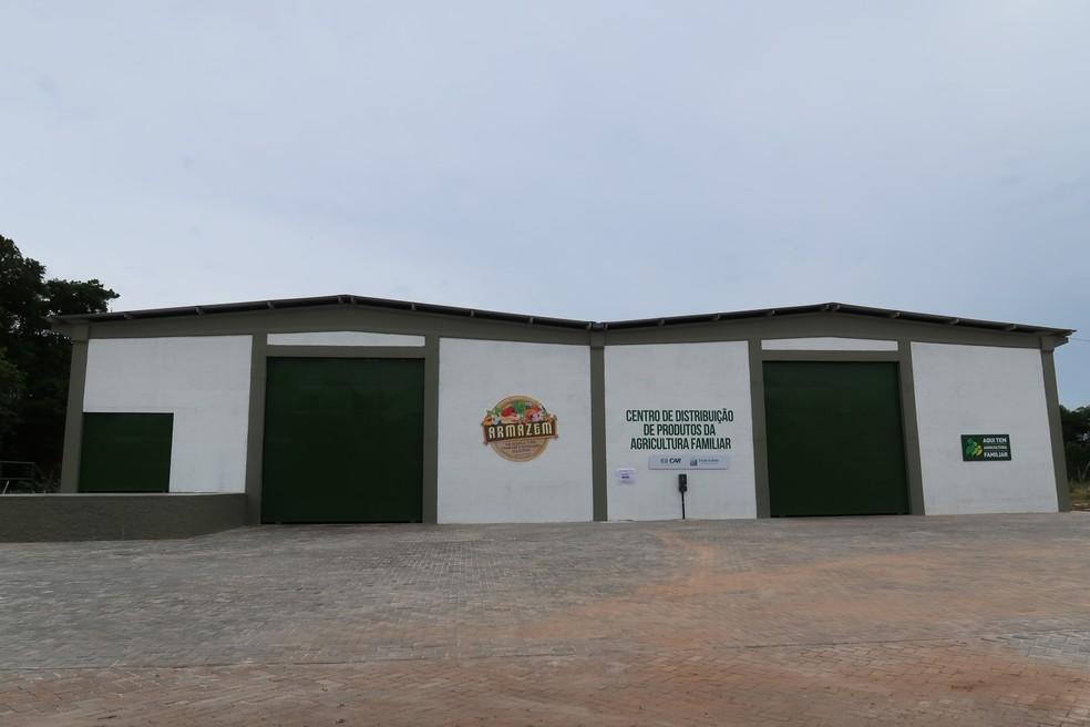 Centro de Distribuição da Agricultura Familiar fica no bairro de Itapuã, em Salvador — Foto: Secretaria de Desenvolvimento Rural