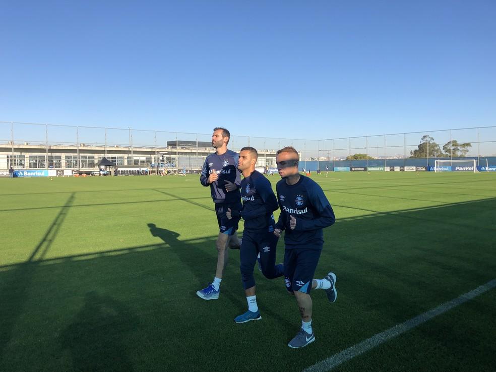Grassi, Alisson e Everton Grêmio (Foto: Eduardo Moura)