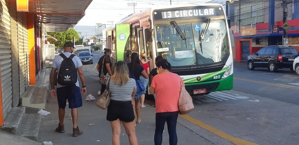 Medidas ainda mais restritivas entraram em vigor em Santos (SP) nesta terça-feira (23) — Foto: Carlos Nogueira/Jornal A Tribuna