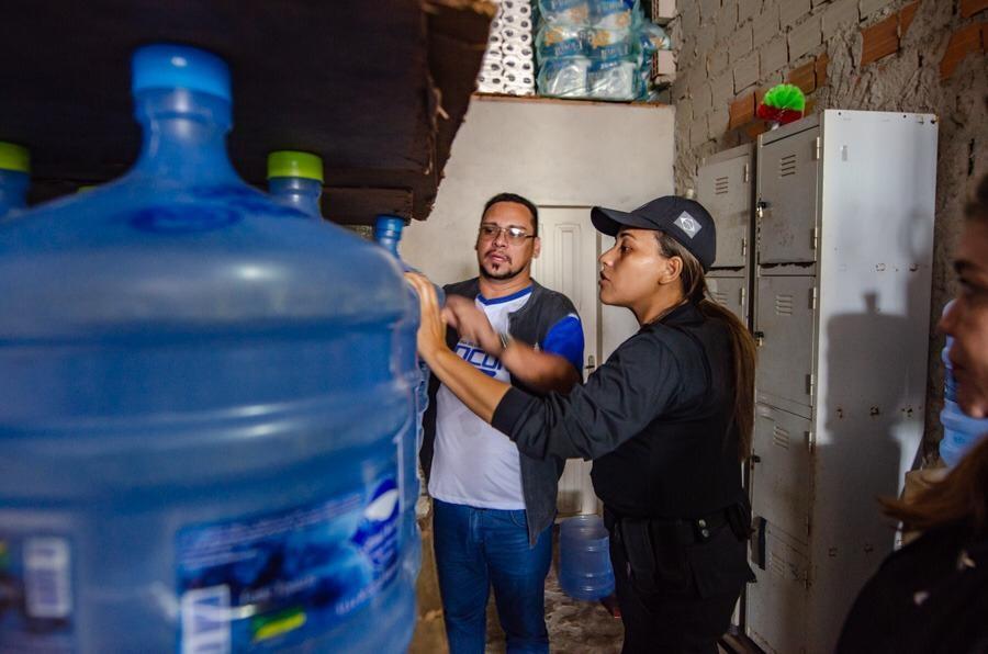 Operação pune envasadoras e revendedoras de água que atuam no AP com irregularidades - Noticias