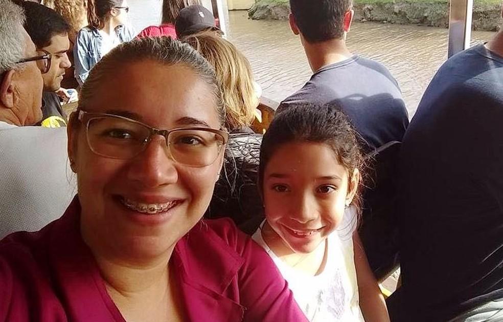 Mãe e filha visitaram parque de diversões um dia antes do ocorrido (Foto: Arquivo Pessoal)