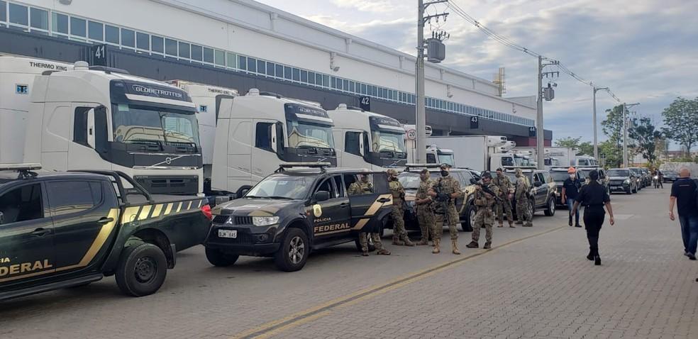 Força Aérea Brasileira inicia transporte de vacinas pelo País — Foto: Tatiana Santiago/G1