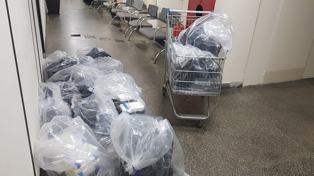 Polícia Civil apreende 276 kg de cocaína em Santos, SP