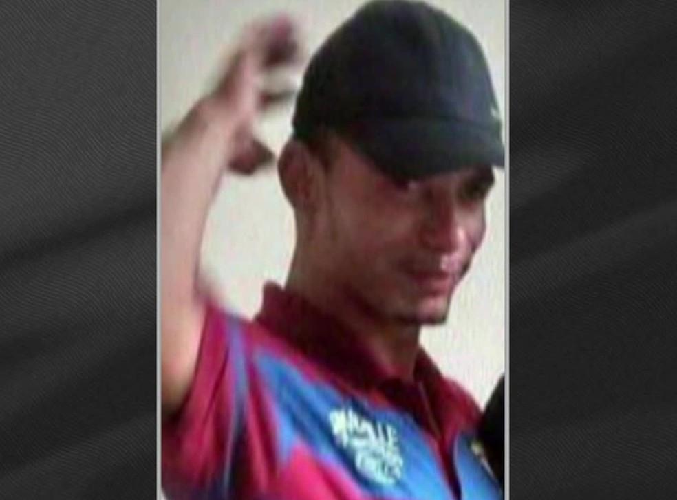 Catador Luciano Macedo é a segunda vítima dos mais de 80 tiros disparado por militares — Foto: Reprodução/TV Globo