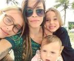 Gisele Frade com as filhas | Reprodução