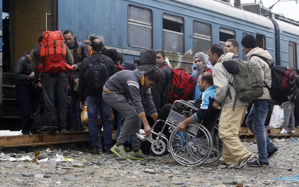 aptopix macedonia migrants boris grdanoski ap - Tribunal de Justiça da União Europeia proíbe 'testes de homossexualidade' para refugiados