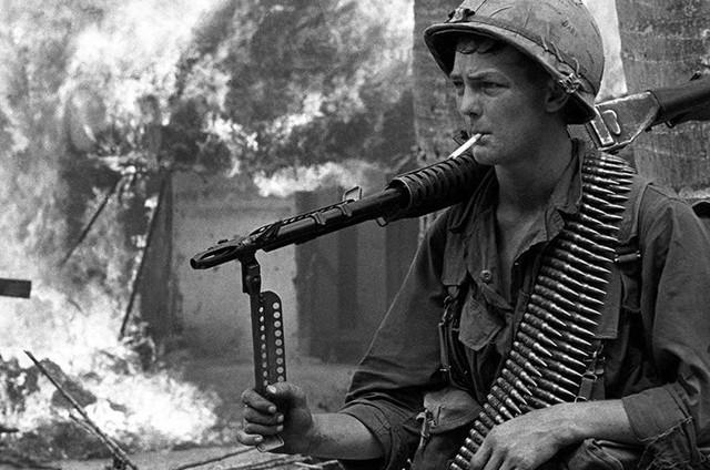 Documentário magistral passa em revista a Guerra do Vietnã ...