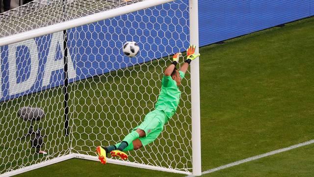 Costa Rica x Sérvia - Gol Kolarov / Navas