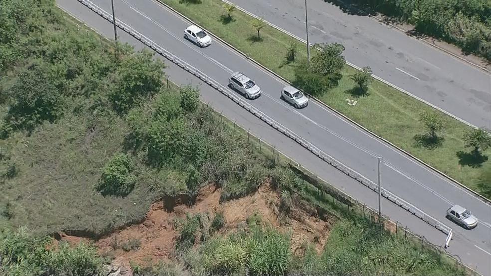 Imagem aérea da EPGU, onde cratera se abriu (Foto: TV Globo/Reprodução)