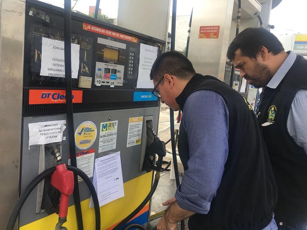 Preço do litro da gasolina chega a R$4,99 em postos de Manaus, aponta Procon - Radio Evangelho Gospel